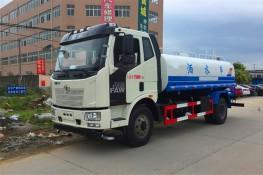 解放J6洒水车(8-12吨)