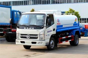 凯马洒水车(2.5-5吨)